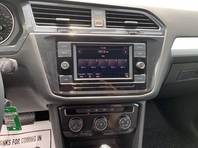 Volkswagen Tiguan 2019 price $27,090