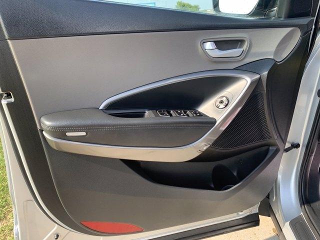 Hyundai Santa Fe Sport 2018 price $25,498
