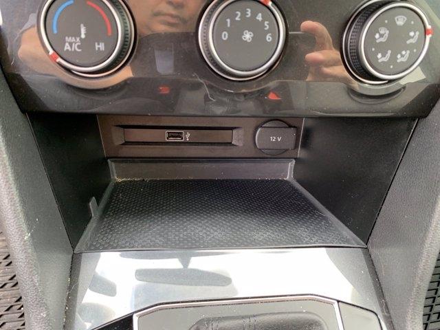 Volkswagen Tiguan 2019 price $26,991