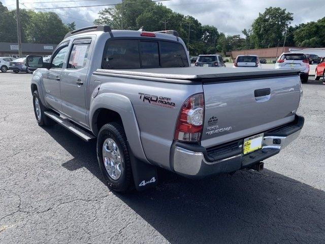 Toyota Tacoma 2015 price $32,990