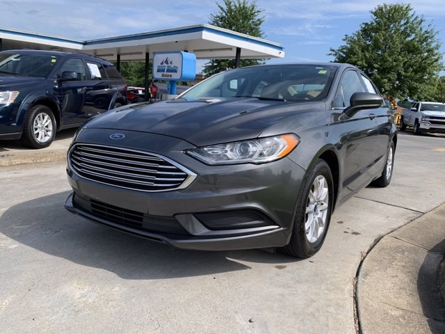 Ford Fusion 2017 price $17,990