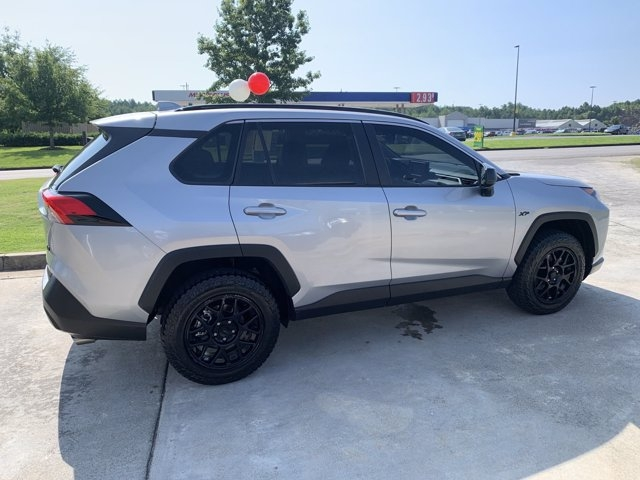Toyota RAV4 2020 price $27,382