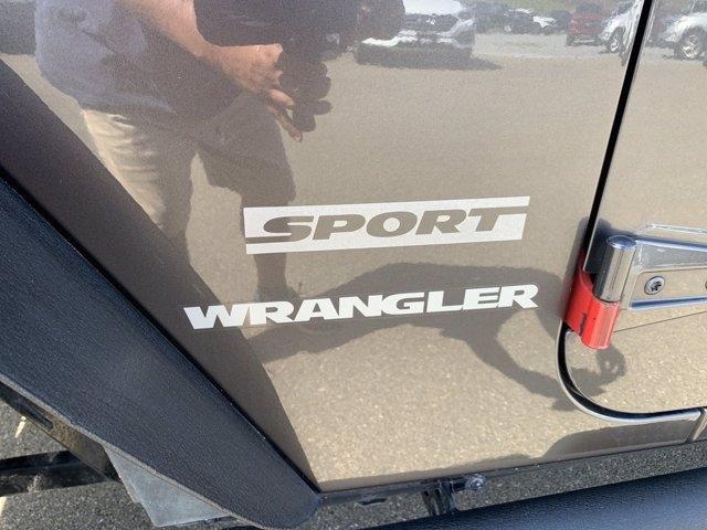 Jeep Wrangler 2016 price $26,998