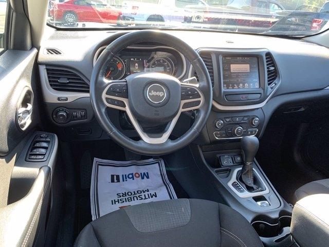 Jeep Cherokee 2017 price $18,990
