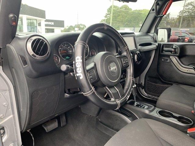 Jeep Wrangler Unlimited 2016 price $39,990