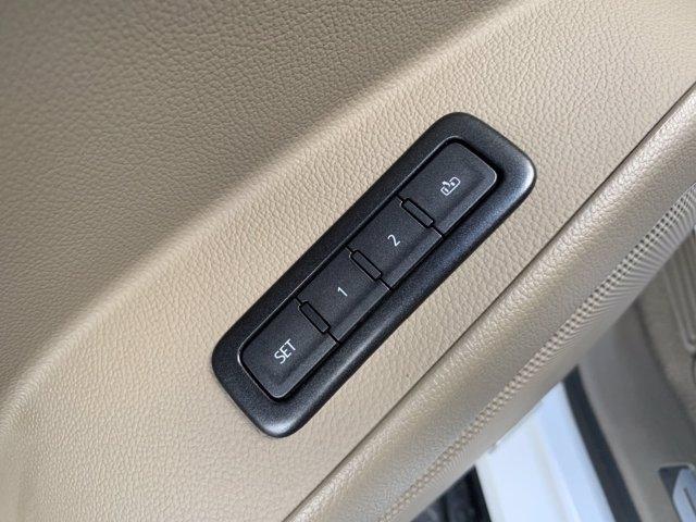 GMC Yukon XL 2020 price $56,998