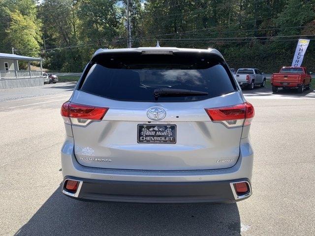 Toyota Highlander 2018 price $39,998