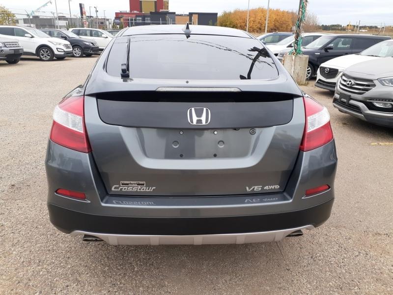 Honda Crosstour 2014 price $13,500