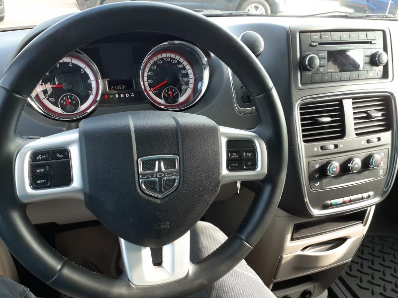 Dodge Grand Caravan 2017 price $19,300
