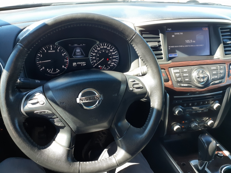 Nissan Pathfinder 2015 price $15,500