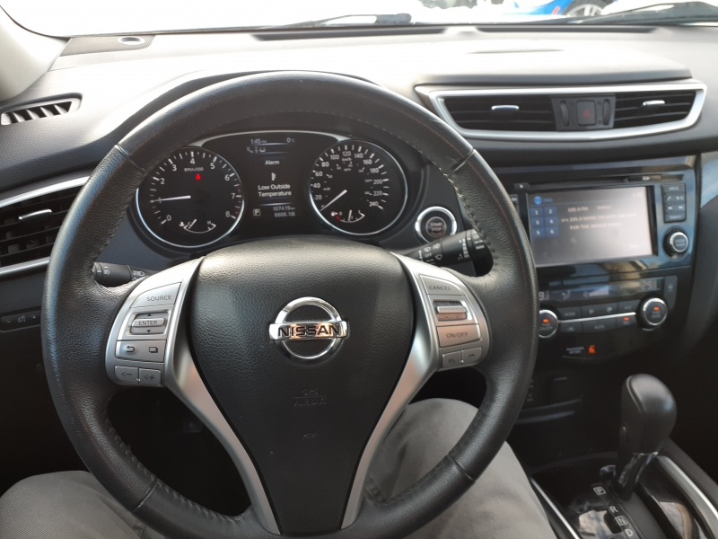 Nissan Rogue 2015 price $18,500