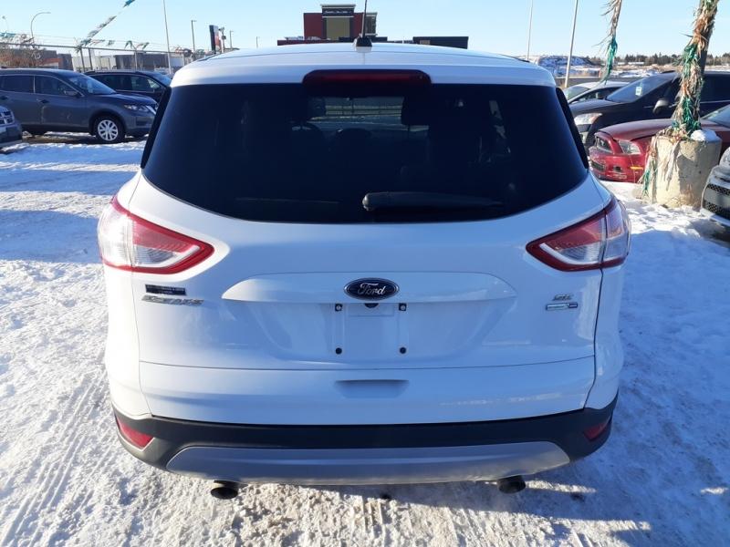 Ford Escape 2016 price $14,450