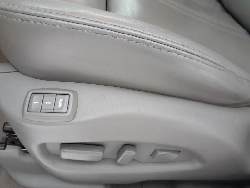 Cadillac SRX 2012 price $14,900