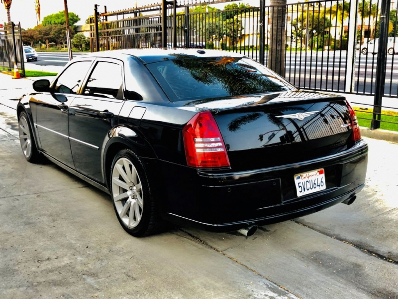 CHRYSLER 300C 2006 price $15,995