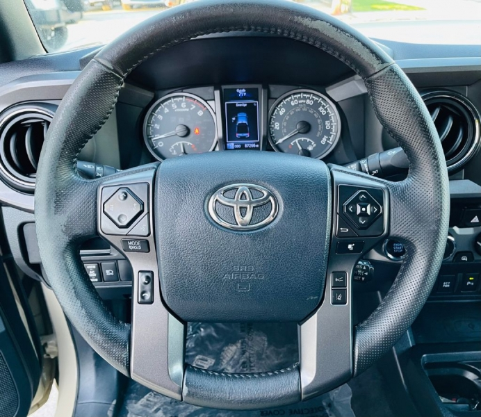 TOYOTA TACOMA 2018 price $33,995