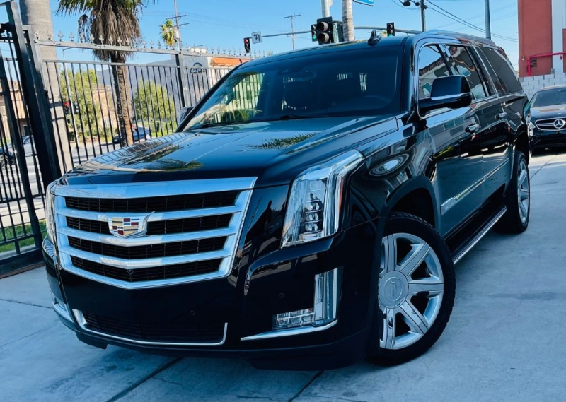CADILLAC ESCALADE 2017 price $36,995