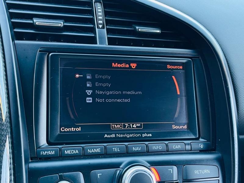 AUDI R8 2011 price $129,995