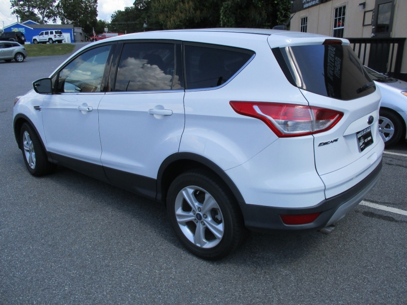 FORD ESCAPE 2015 price $8,432