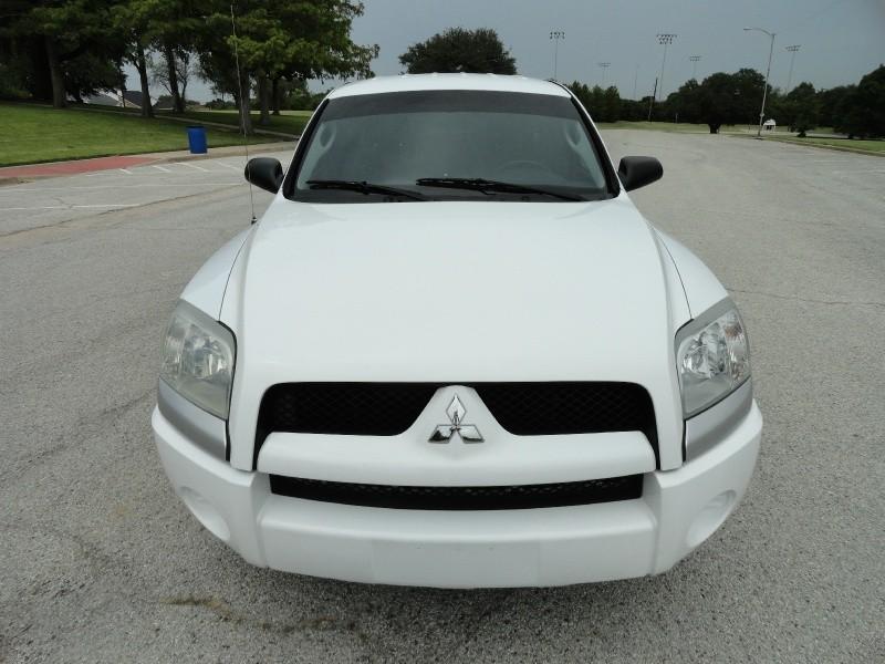 Mitsubishi Raider 2008 price $4,495