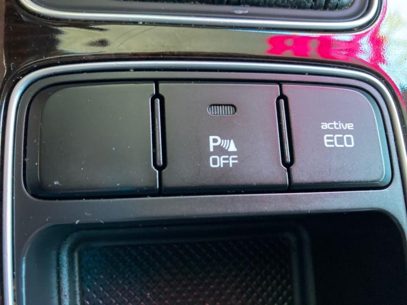 Kia Sorento 2014 price Call for Pricing.