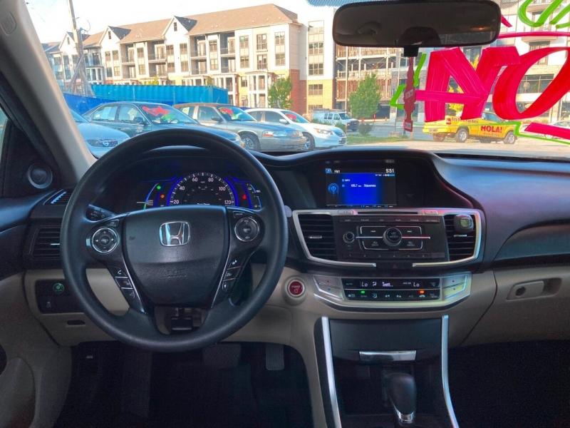Honda Accord Hybrid 2014 price Call for Pricing.