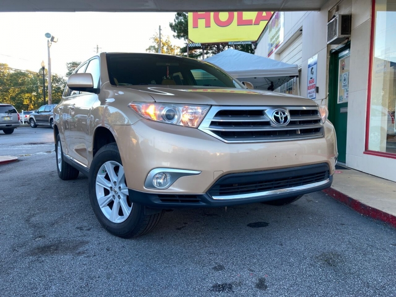 Toyota Highlander 2013 price Call for Pricing.