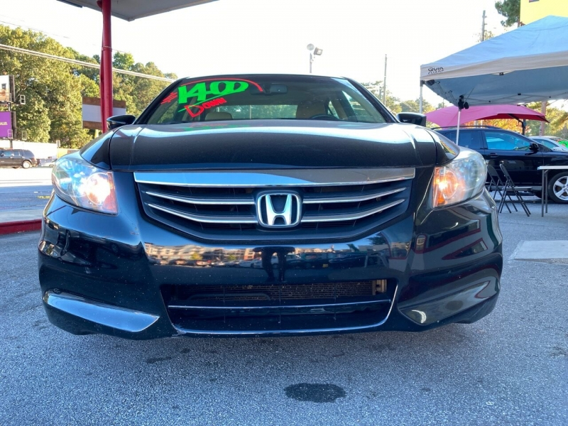 Honda Accord 2011 price Call for Pricing.