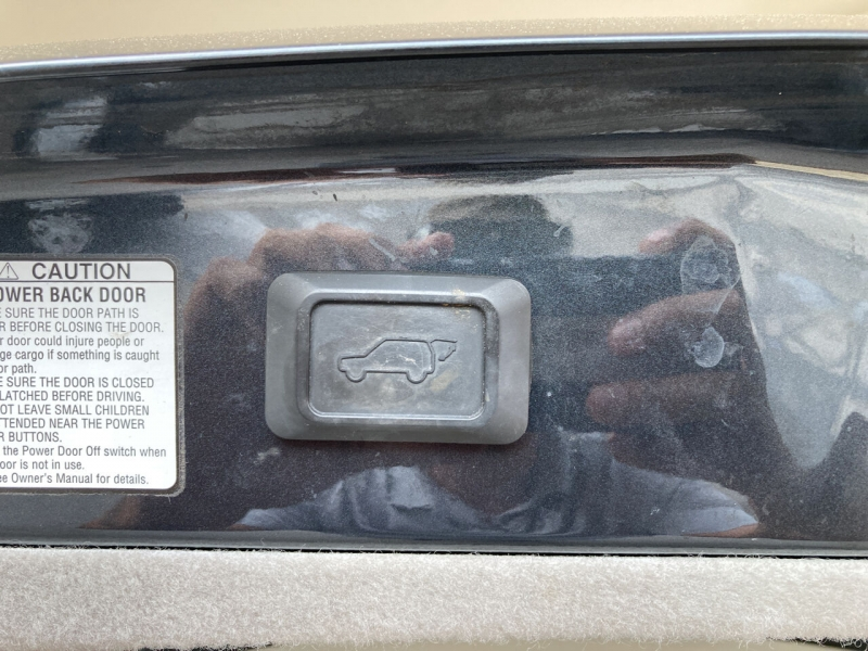Lexus RX 330 2006 price Call for Pricing.