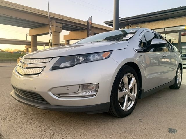 Chevrolet Volt 2012 price $6,500