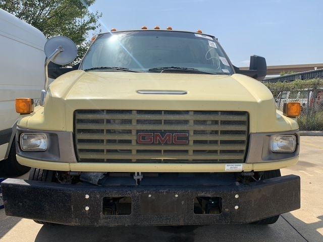 GMC TC5500 2009 price $6,990