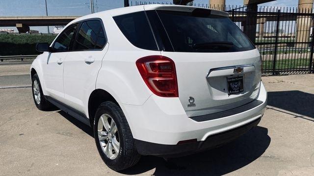 Chevrolet Equinox 2016 price $10,450
