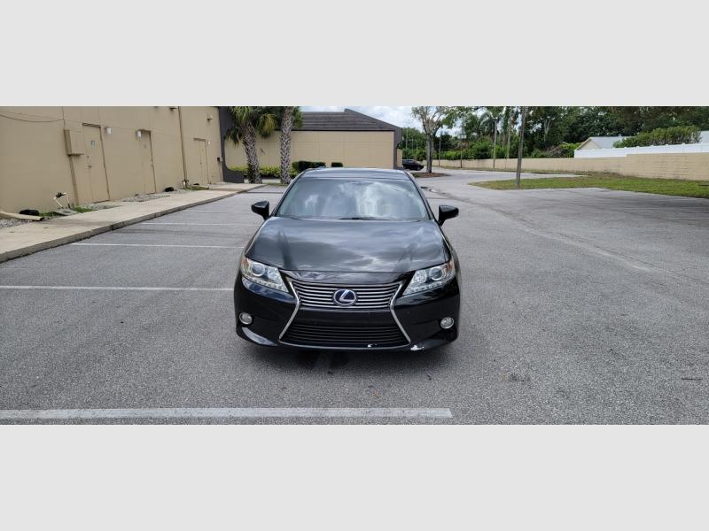 Lexus ES 300h 2013 price $12,500