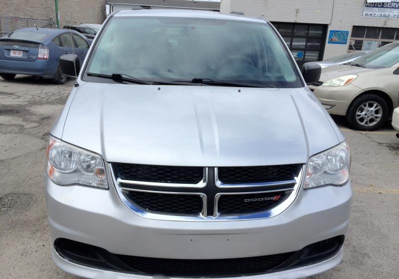 Dodge  2011 price $5,000