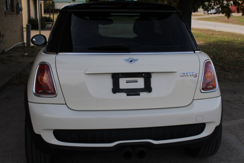 Mini COOPER 2010 price 4600.00