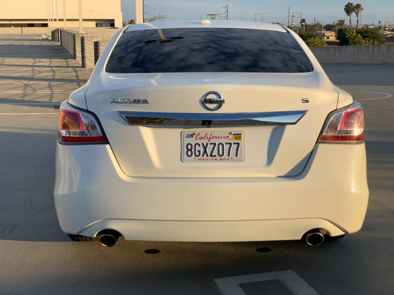 Nissan Altima 2015 price $9,997