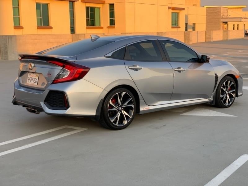 Honda Civic Si Sedan 2018 price $25,997