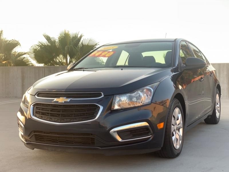Chevrolet Cruze 2015 price $9,495