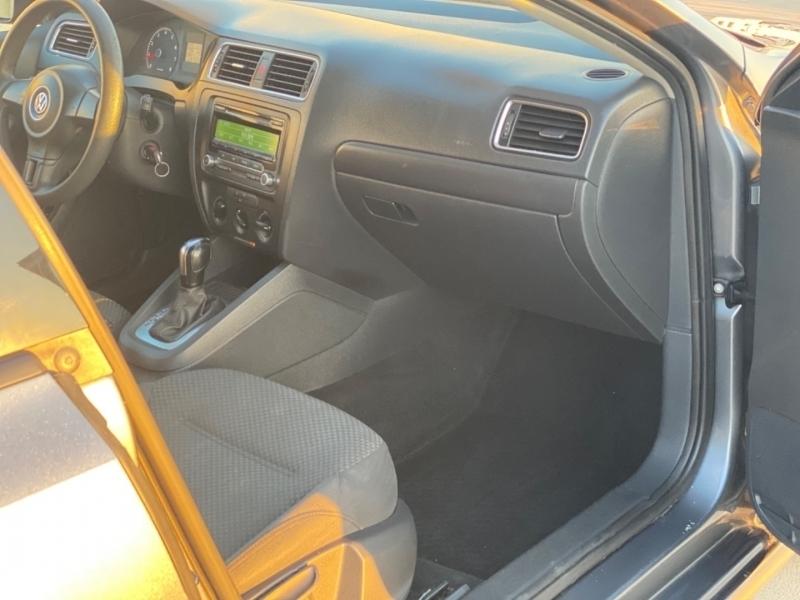 Volkswagen Jetta Sedan 2014 price $7,995