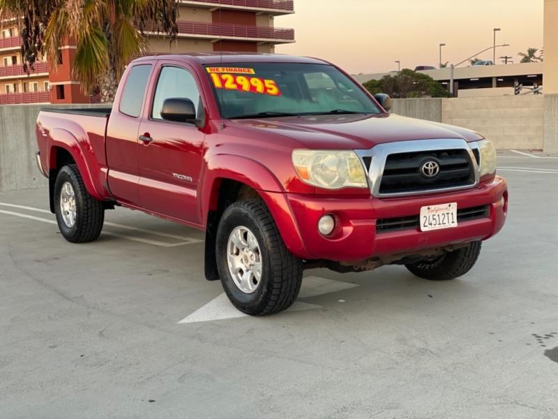 Toyota Tacoma 2006 price $12,990
