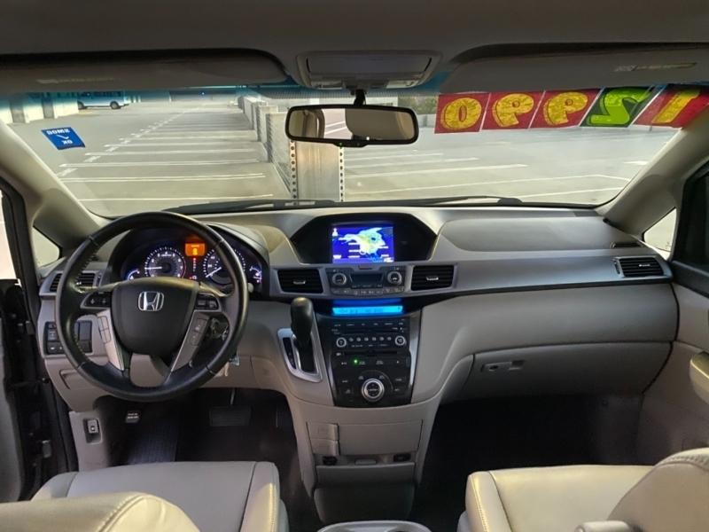 Honda Odyssey 2011 price $12,995