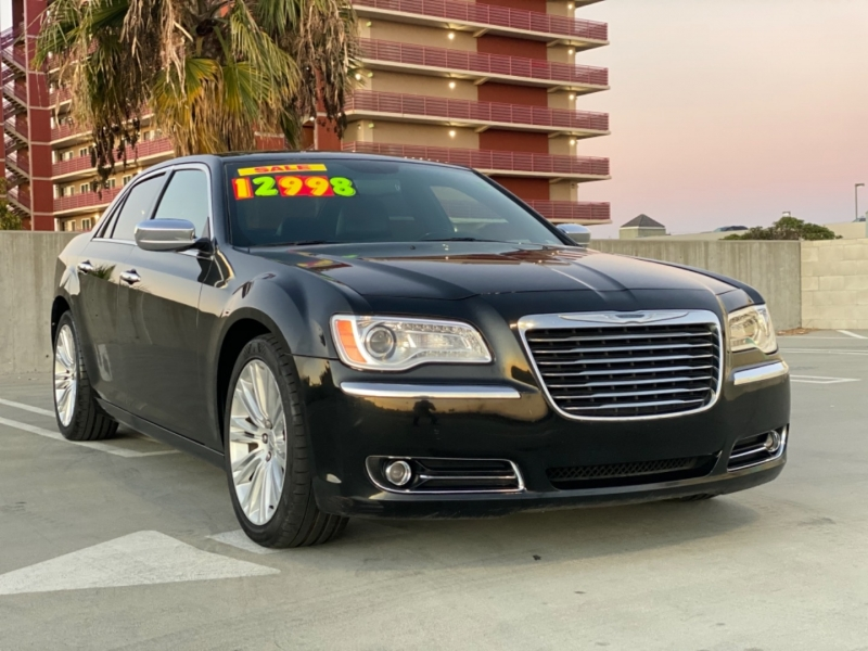 Chrysler 300 2014 price $12,998