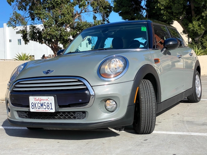 Mini Cooper Hardtop 4 Door 2015 price $10,900