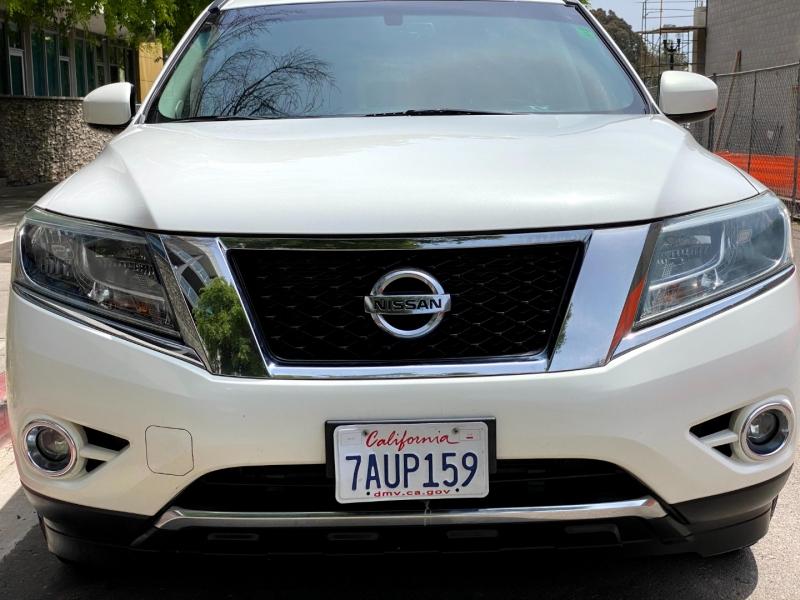Nissan Pathfinder 2013 price $14,900