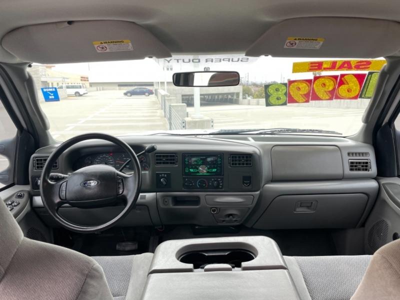 Ford Super Duty F-250 2004 price $16,998