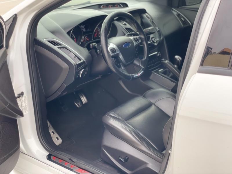 Ford Focus 2013 price $14,998