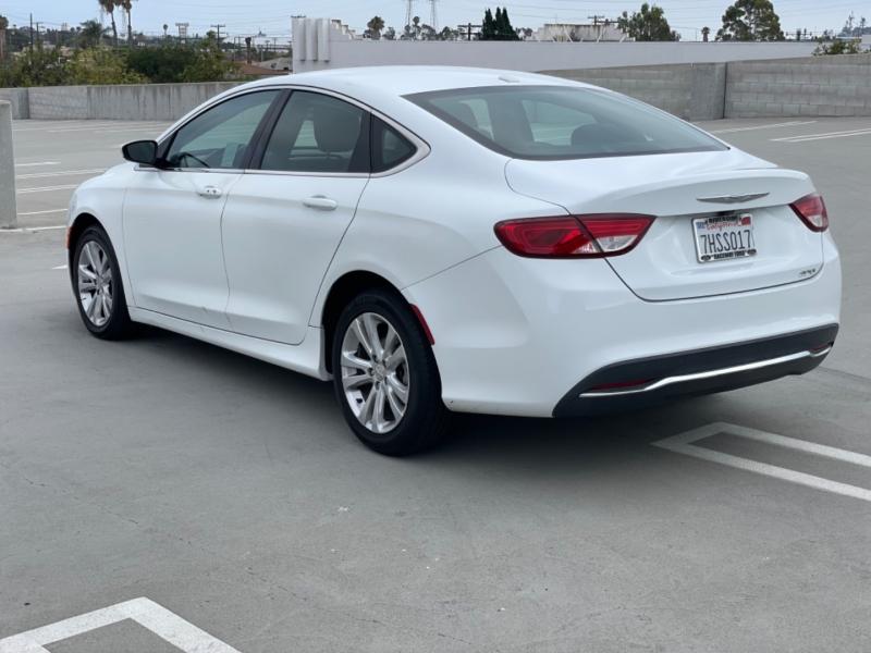 Chrysler 200 2015 price $10,998