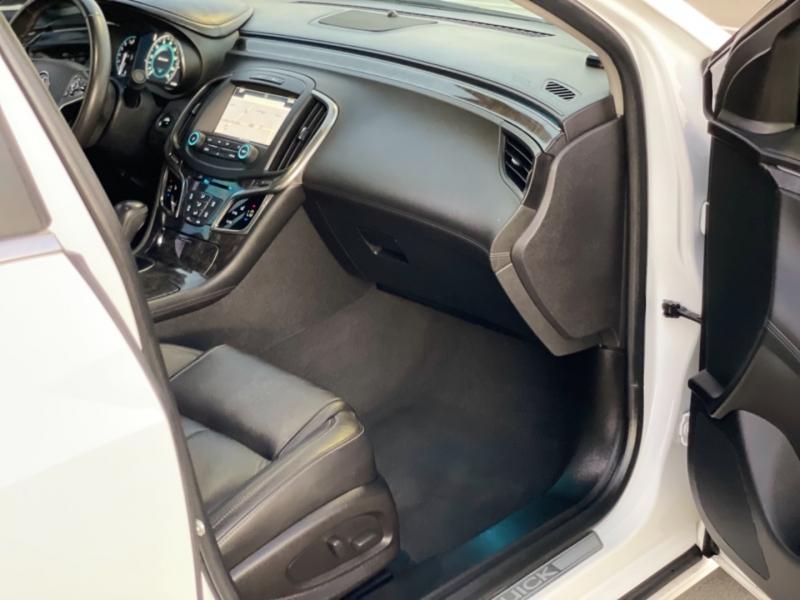Buick LaCrosse 2016 price $12,998