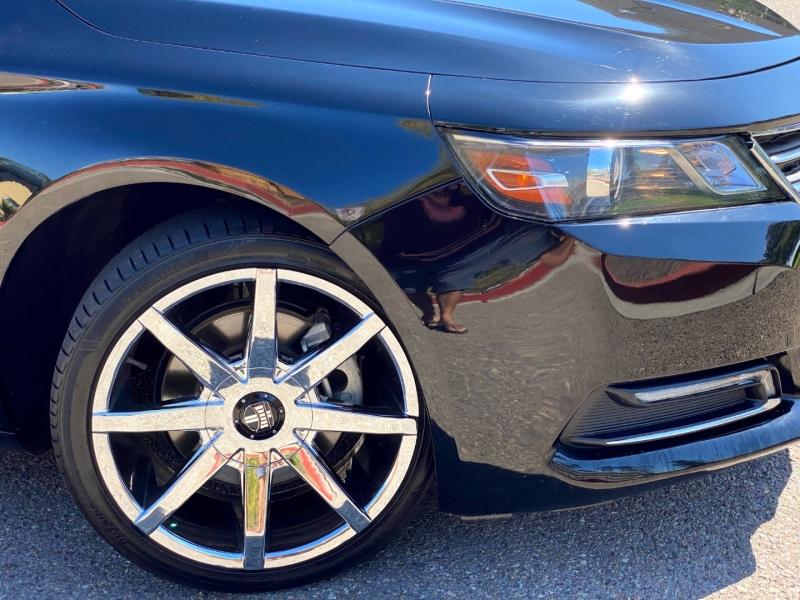 Chevrolet Impala 2018 price $17,900