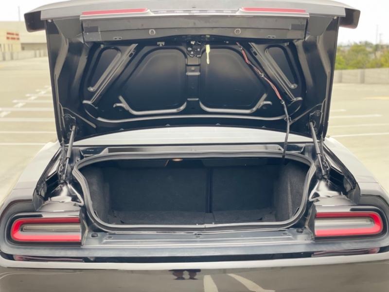 Dodge Challenger 2015 price $17,998