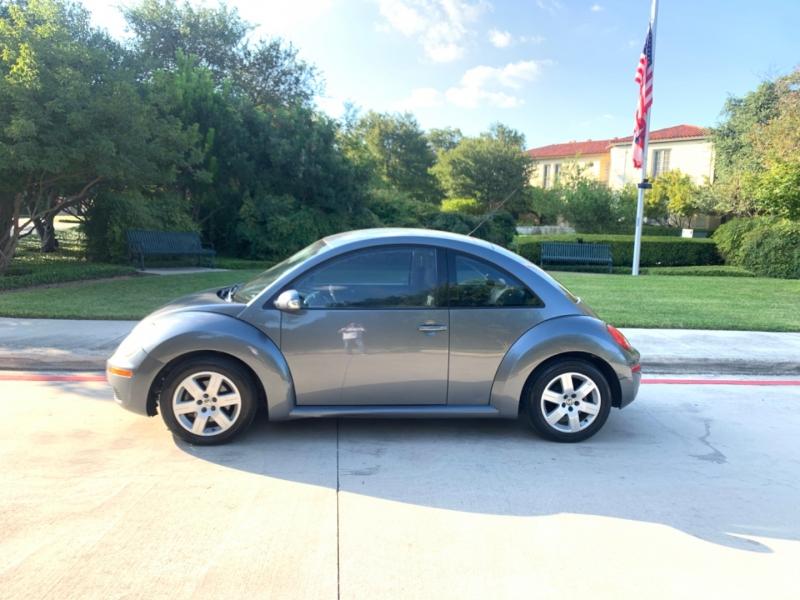 Volkswagen New Beetle Coupe 2007 price $1,995